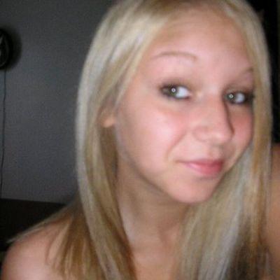 blond23